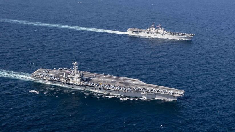"""""""Impredecible para los enemigos"""": Un portaviones nuclear de EE.UU. se adentra en el golfo Pérsico"""