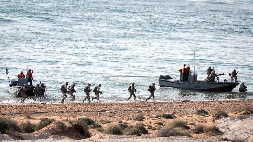 Irán realiza unos ejercicios militares tras la llegada de un portaviones de EE.UU. al golfo Pérsico