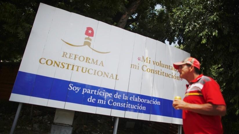 La Asamblea Nacional de Cuba aprueba por unanimidad la nueva Constitución de la República