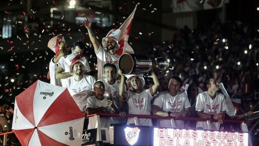 VIDEOS: El River Plate da vuelta olímpica monumental con su cuarta Copa Libertadores