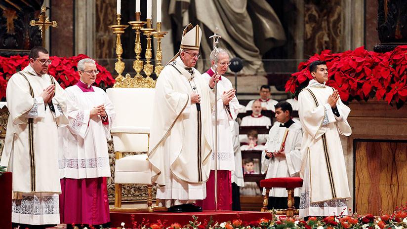 El Papa: Unos pocos gozan banquetes espléndidamente y muchos no tienen pan