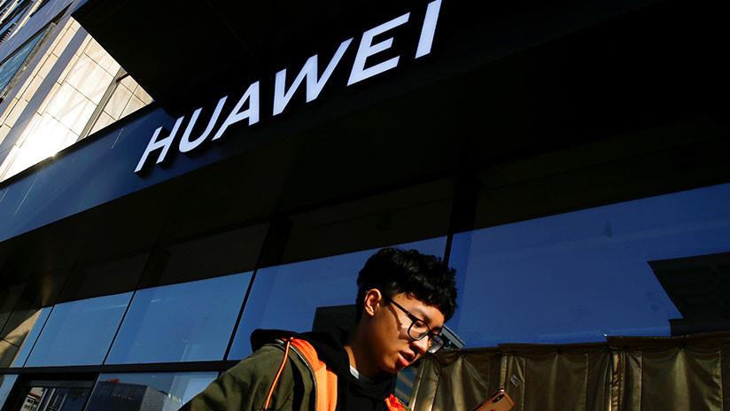 Reuters: Trump podría declarar emergencia nacional y prohibir la compra de equipos de Huawei y ZTE