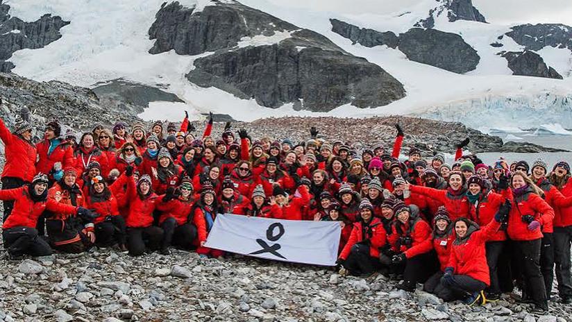 Mujeres científicas de 35 países viajan a la Antártida para estudiar el cambio climático