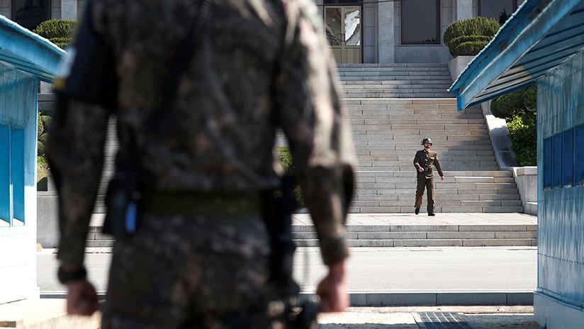 Unos 'hackers' roban los datos personales de casi 1.000 desertores de Corea del Norte