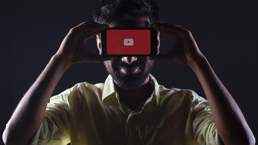 Un bloguero finge ser un fantasma para filmar una broma y lo matan a tiros