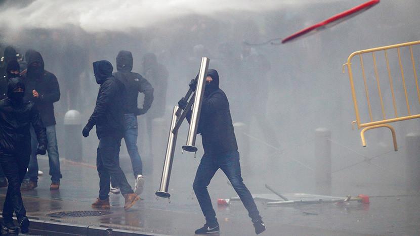 Marchan en Belgica contra Pacto de Migracion de la ONU