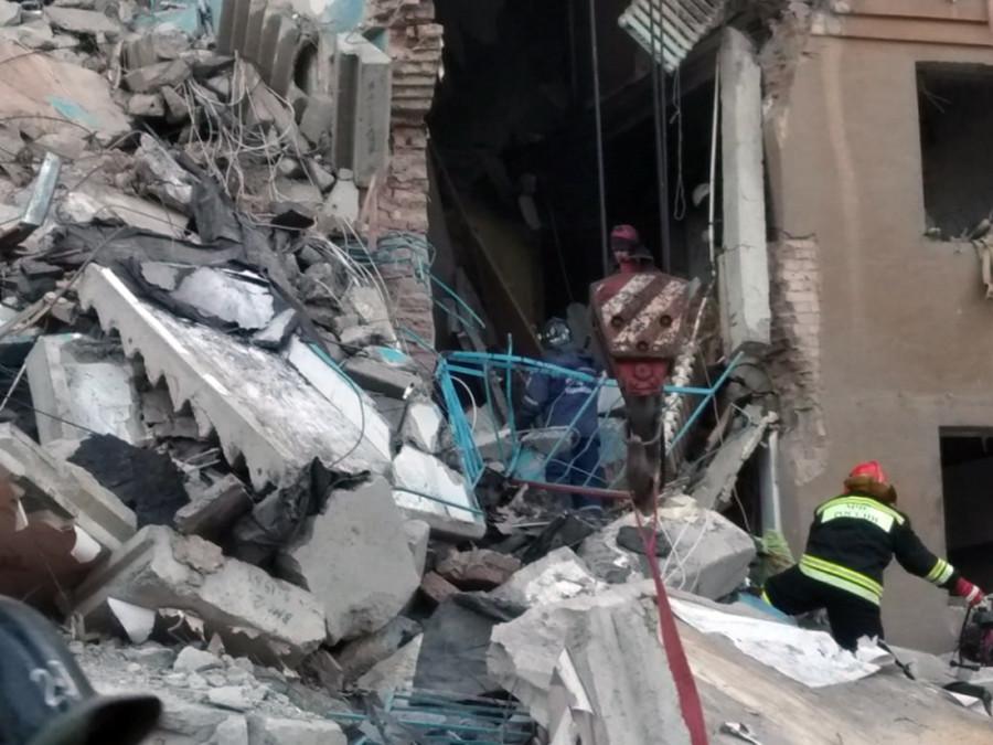 Varios muertos por el derrumbe parcial de un edificio residencial en Rusia 5c29bf14e9180f8b1b8b4568