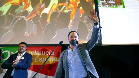 El lider de Vox, Santiago Abascal, celebra los resultados electorales en Sevilla (España) 2 de diciembre de 2018.