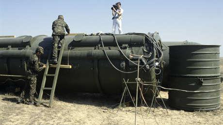 Preparación para la explosión de misiles RSD-10 en el polígono de pruebas ruso de Kapustin Yar. Imagen ilustrativa