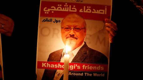 Imagen del periodista saudí Jamal Khashoggi frente al Consulado de Arabia Saudita en Estambul, Turquía, el 25 de octubre de 2018.