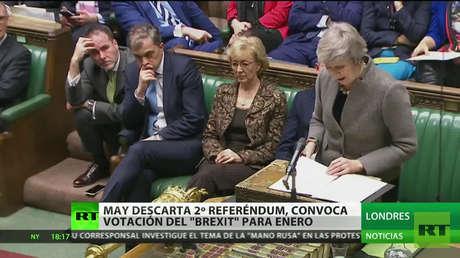 May descarta un segundo referéndum y convoca la votación del Brexit para enero