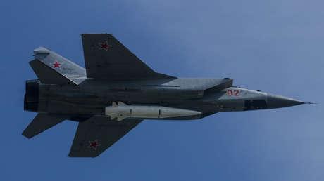 EE.UU. admite que no hay contramedidas existentes a las armas hipersónicas de Rusia