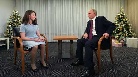 Vladímir Putin durante la entrevista con Reguina Parpíyeva, 20 de diciembre de 2018.