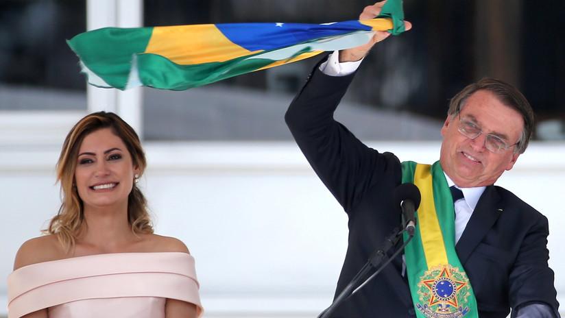 """Bolsonaro asume la presidencia de Brasil y llama a combatir """"la corrupción y la sumisión ideológica"""""""