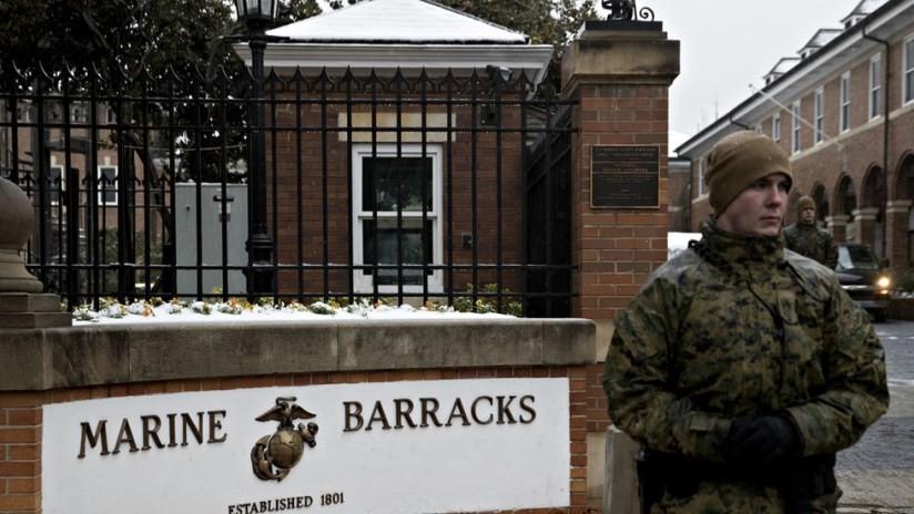 Un marine es asesinado a tiros en los cuarteles en Washington
