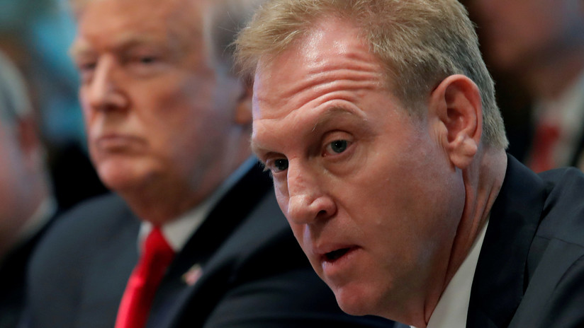 """El jefe interino del Pentágono comienza labores con una prioridad en mente: """"China, China, China"""""""
