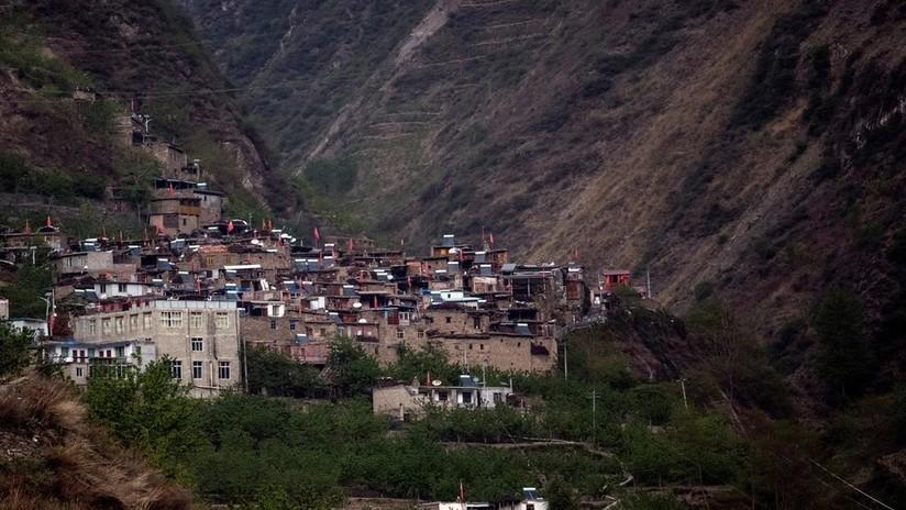 VIDEOS: Terremoto en el suroeste de China deja más de 700 heridos