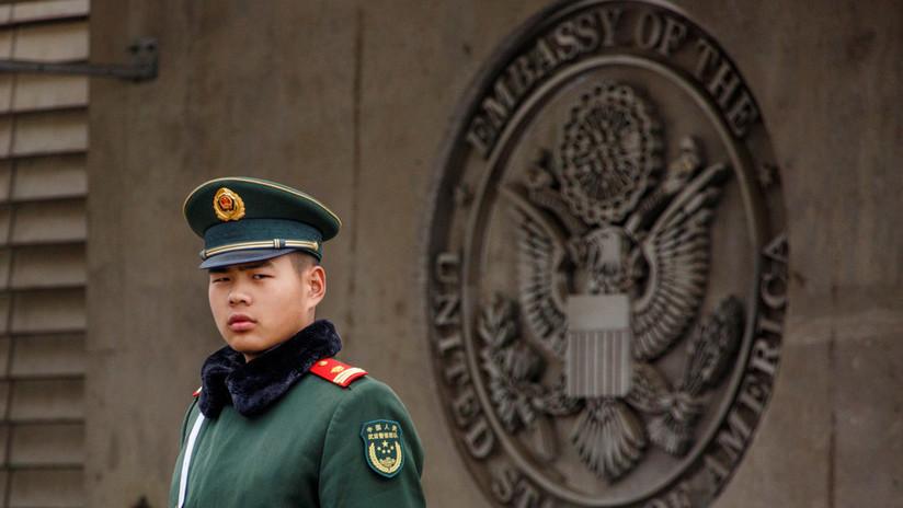 """EE.UU. emite una advertencia de viaje para China afirmando que Pekín aplica """"arbitrariamente"""" leyes"""