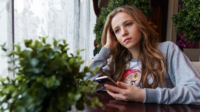 Las adolescentes corren riesgo de padecer depresión a causa de las redes sociales