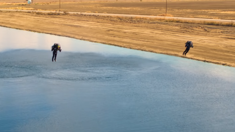 """VIDEO: El vuelo que marcó el nacimiento de la primera """"liga de carreras"""" de jetpacks de la historia"""