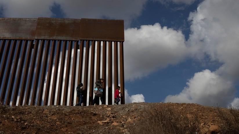 """Trump: """"Tendremos que construir un muro de acero"""""""