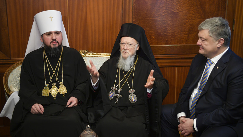 El patriarca de Constantinopla otorga la autocefalía a la Iglesia de Ucrania
