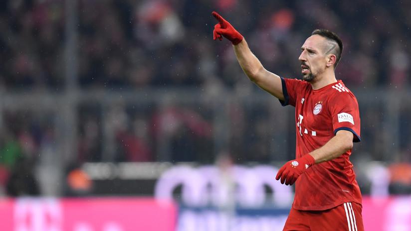 """""""Son guijarros en mis calcetines"""": Ribéry responde a críticas por comerse un bistec de 1.200 dólares"""