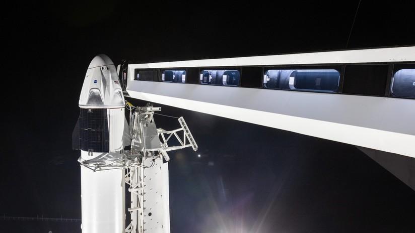 Elon Musk anuncia la fecha del primer vuelo de la nave espacial Dragon-2 a la EEI