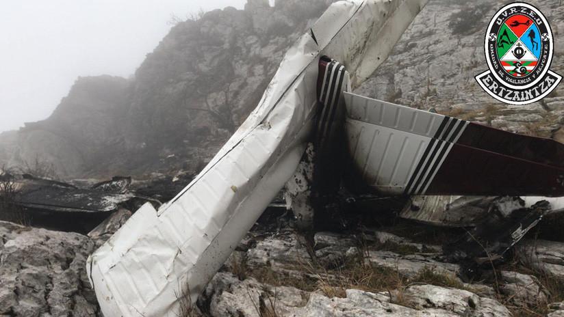 FOTOS, VIDEO: Al menos un fallecido al estrellarse una avioneta al norte de España