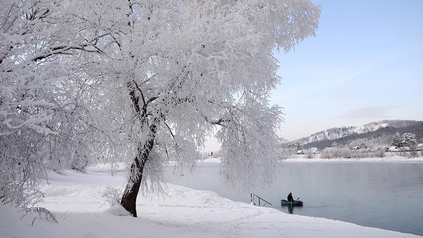 Como en un cuento de hadas: Aparecen misteriosas 'setas' de hielo en el Lejano Oriente ruso (FOTOS)