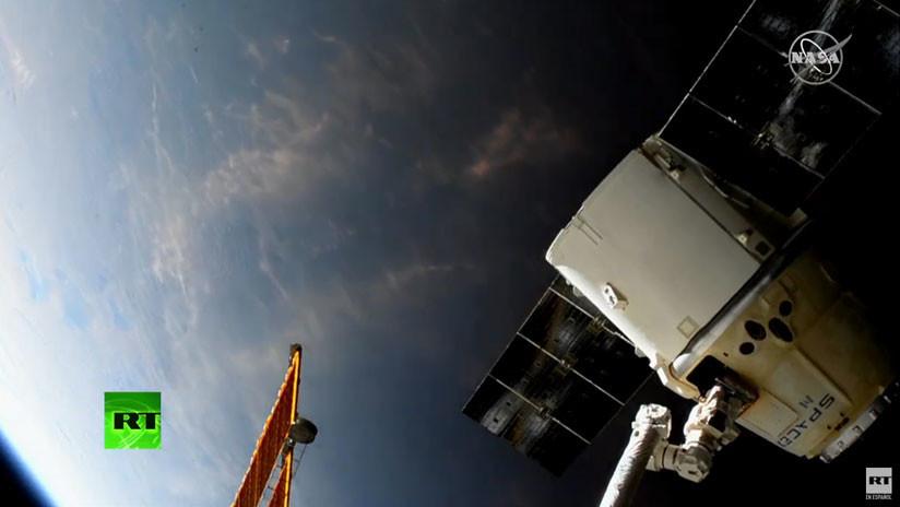 VIDEO: La nave SpaceX Dragon se desacopla de la EEI