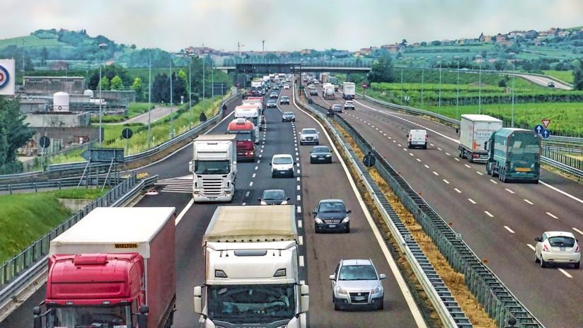 'Milla 69': La ingeniosa medida para combatir el hurto de señales en las carreteras de EE.UU.