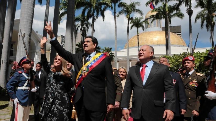 Maduro cuadruplica el salario mínimo y el petro en Venezuela