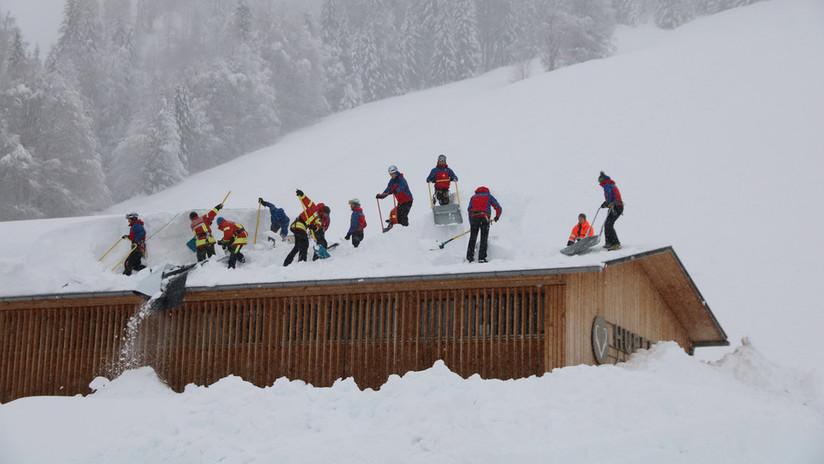 VIDEOS, FOTOS: Una avalancha sepulta un hotel al sur de Alemania