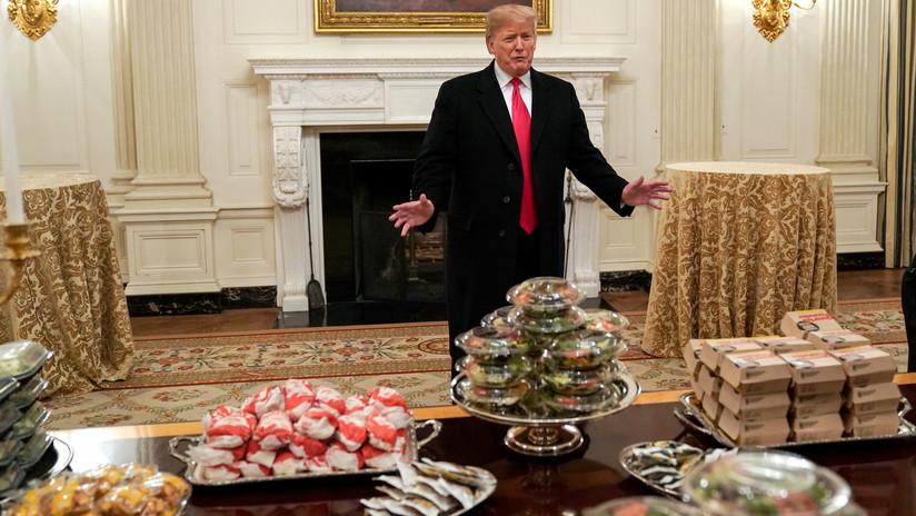 Sin cocineros por el cierre del Gobierno: Trump paga comida rápida en recepción de la Casa Blanca