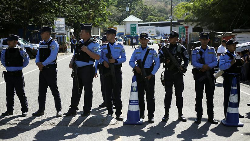 Policía de Honduras refuerza frontera ante nueva caravana migrante