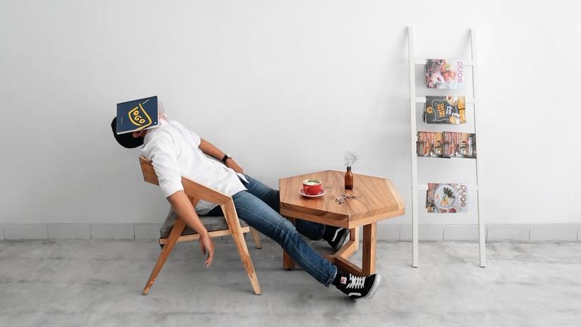 Científicos identifican un peligro serio para quienes duermen menos de seis horas al día