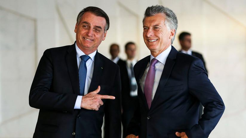 """VIDEO: El """"saludo pistolero"""" de Bolsonaro que sorprendió a Macri"""