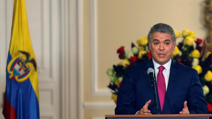 """Iván Duque sobre el carro bomba en Bogotá: """"Colombia no se doblega ante la violencia"""""""