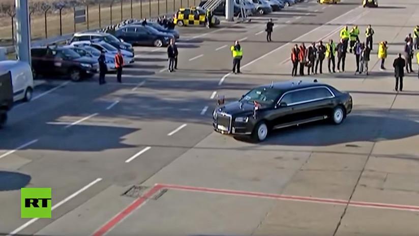 VIDEO: Putin da una vuelta en su limusina blindada Aurus con el presidente de Serbia