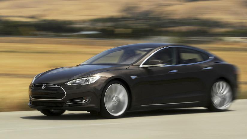Tesla llama a revisión a unos 14.000 autos en China por problemas con los airbags