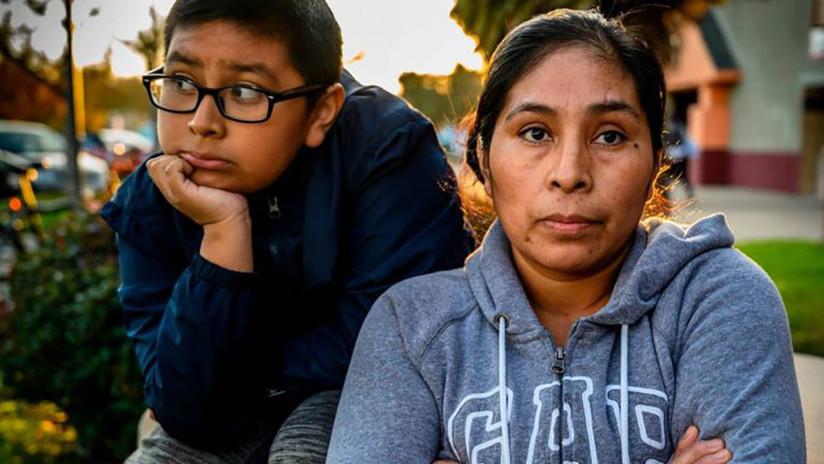 """""""Es EE.UU., no es México"""": Denuncia haber sido despedida de un restaurante por hablar español"""