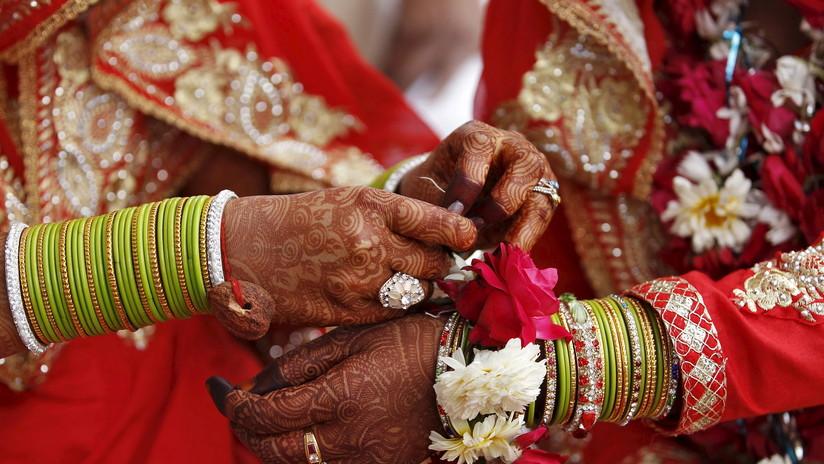 Una novia recibe un balazo durante su boda y se niega a cancelar la ceremonia
