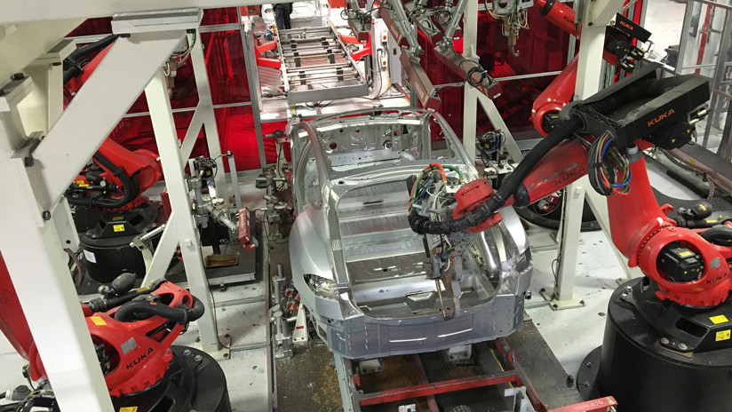Tesla planea despedir al 7% de su plantilla para hacer más barato el nuevo Model 3