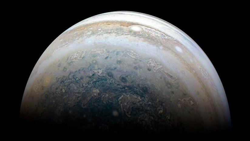 FOTO: Sonda de la NASA capta dos tormentas masivas en la superficie de Júpiter