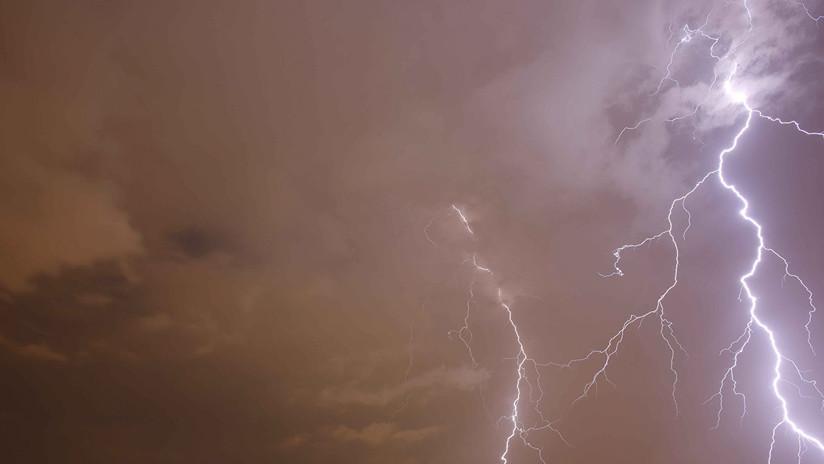VIDEOS: Una rara tormenta eléctrica azota Moscú en pleno invierno