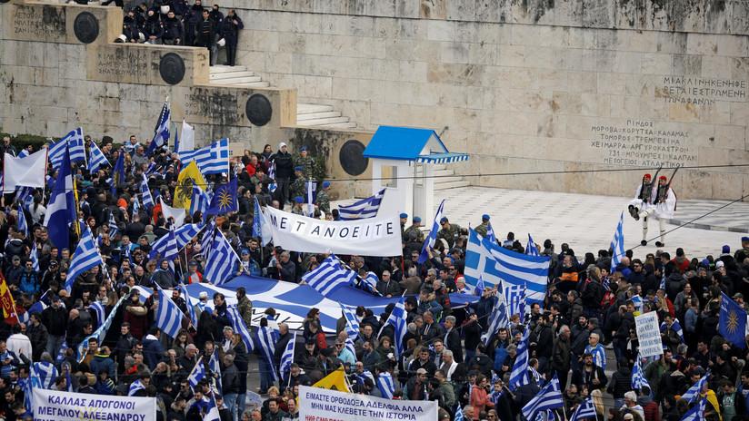 VIDEO, FOTOS: Multitudinaria protesta en Grecia por el nuevo nombre de Macedonia