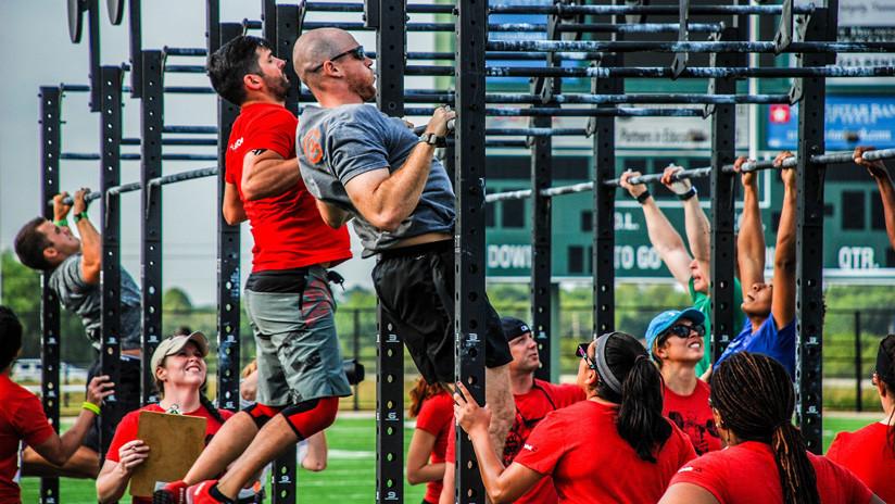 Advierten que este popular ejercicio físico puede causar lesiones y aumento de peso