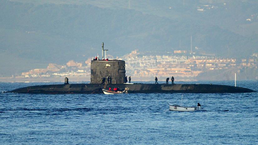 Un submarino nuclear británico evita por poco un choque con un barco de pasajeros