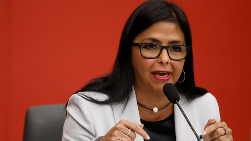 """Vicepresidenta de Venezuela: """"Mike Pence ha llamado abiertamente a un golpe de Estado"""""""